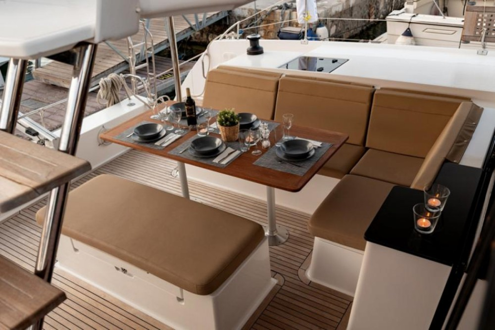 Rental Catamaran in Athens - Fountaine Pajot Helia 44