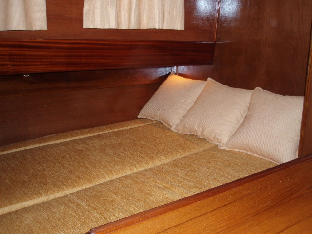 Rental yacht Sanxenxo - Astilleros Montenegro Excalibur on SamBoat
