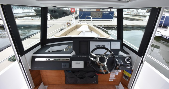 Hire Motorboat with or without skipper Axopar Trogir