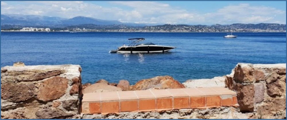 Boat rental Cannes cheap 9 M version luxe