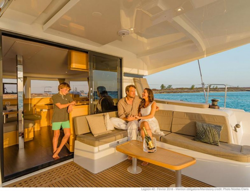 Hire Catamaran with or without skipper Lagoon Ano Mera