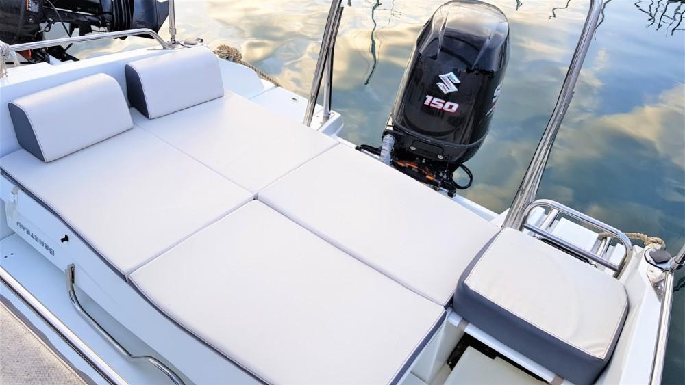 Boat rental Bénéteau Flyer 6.6 SPACEdeck in Palamós on Samboat