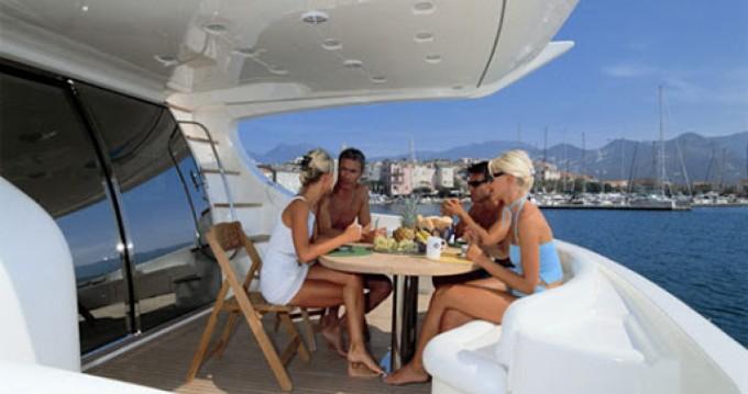 Rental Motorboat in Valletta - Azimut Azimut 68 Plus