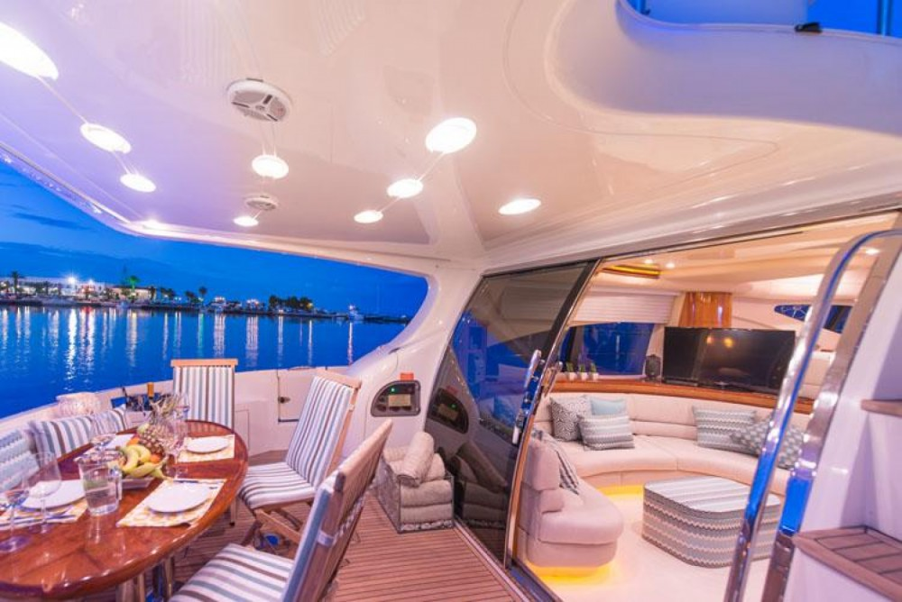 Hire Motor boat with or without skipper Azimut La Valette