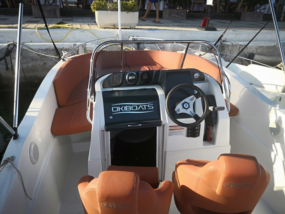Okiboats Barracuda 545 between personal and professional Sitges