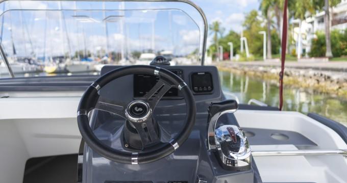 Rental Motorboat in Pointe-à-Pitre - Bénéteau Flyer 6.6 SUNdeck