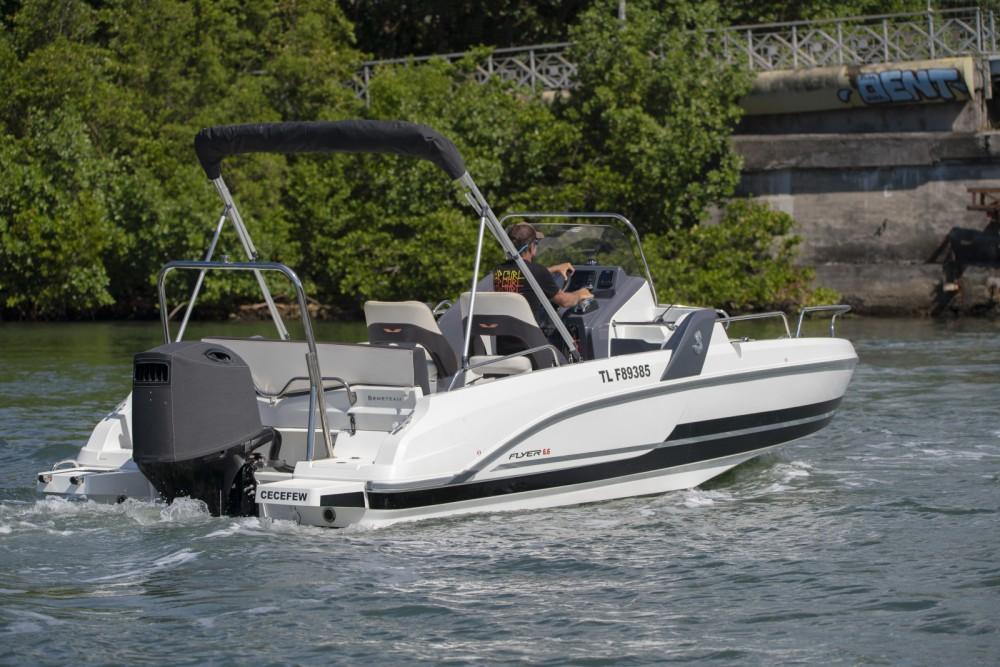 Rental Motor boat in Pointe-à-Pitre - Bénéteau Flyer 6.6 SUNdeck