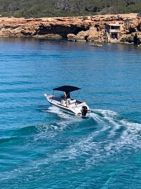Hire Motorboat with or without skipper Sessa Marine Albacete