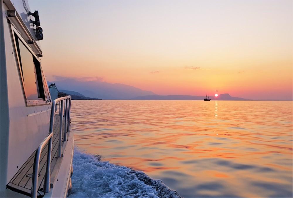 Rental Motorboat in Rethymni Municipality - Piantoni Harmony 42