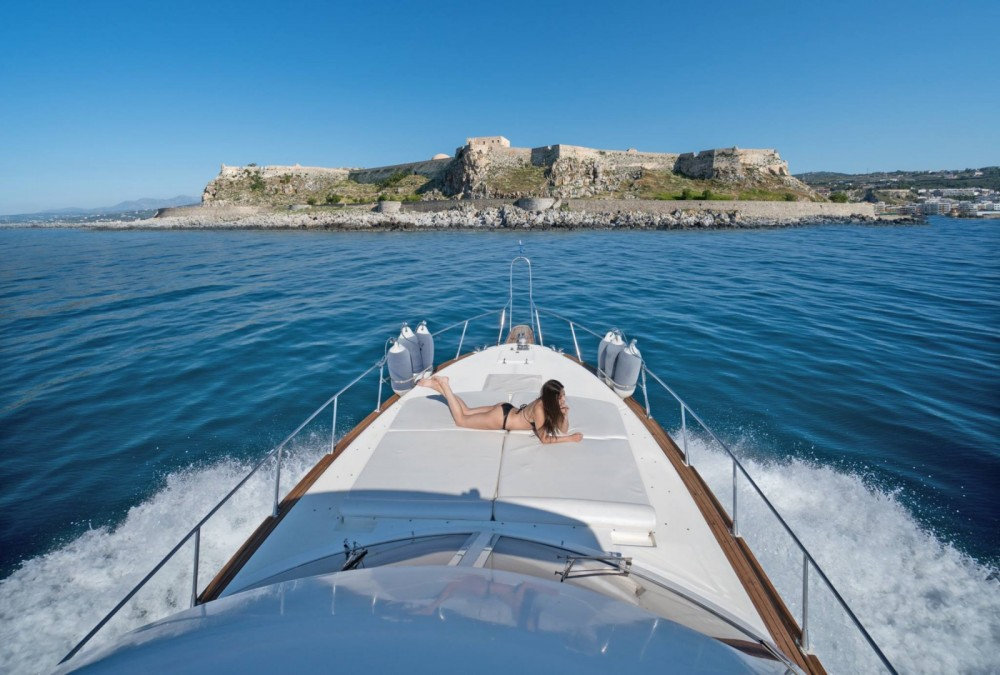 Hire Motorboat with or without skipper Piantoni Rethymni Municipality