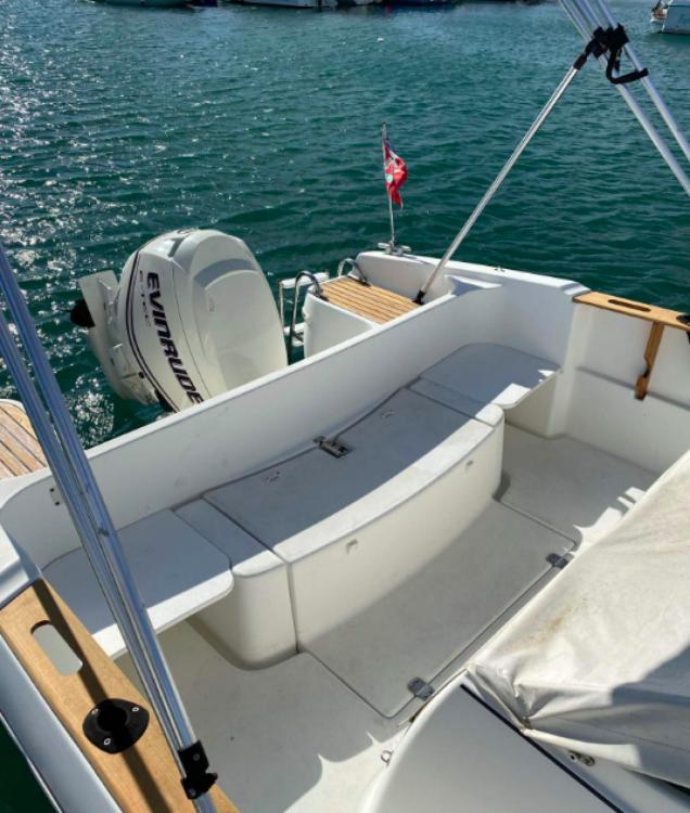 Rental Motor boat in Hendaye - Bénéteau Ombrine 630