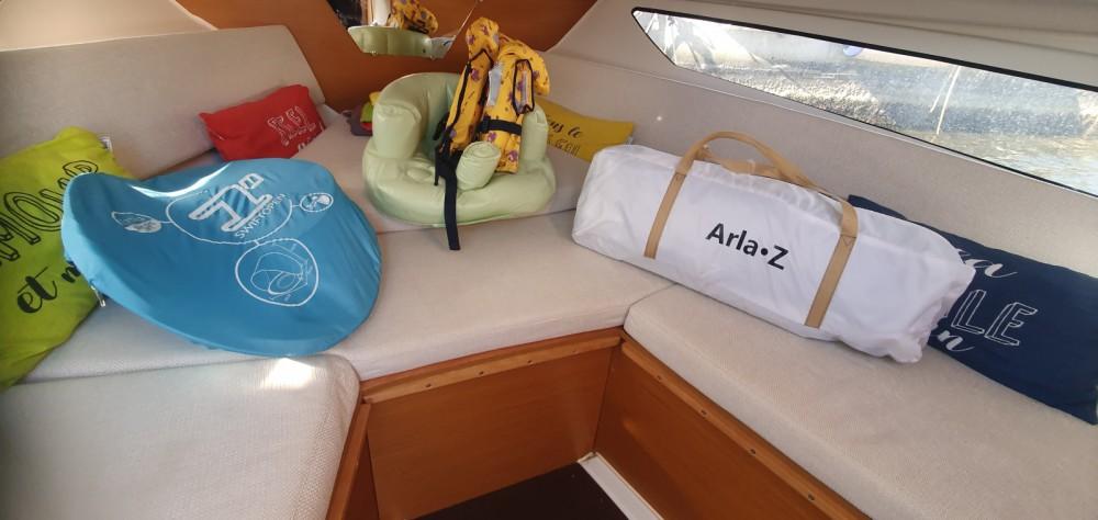 Boat rental Jeanneau Cap Camarat 755 WA serie 2 in Saint-Florent on Samboat