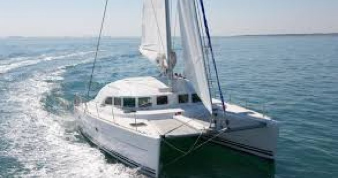 Boat rental Dénia cheap Lagoon 38