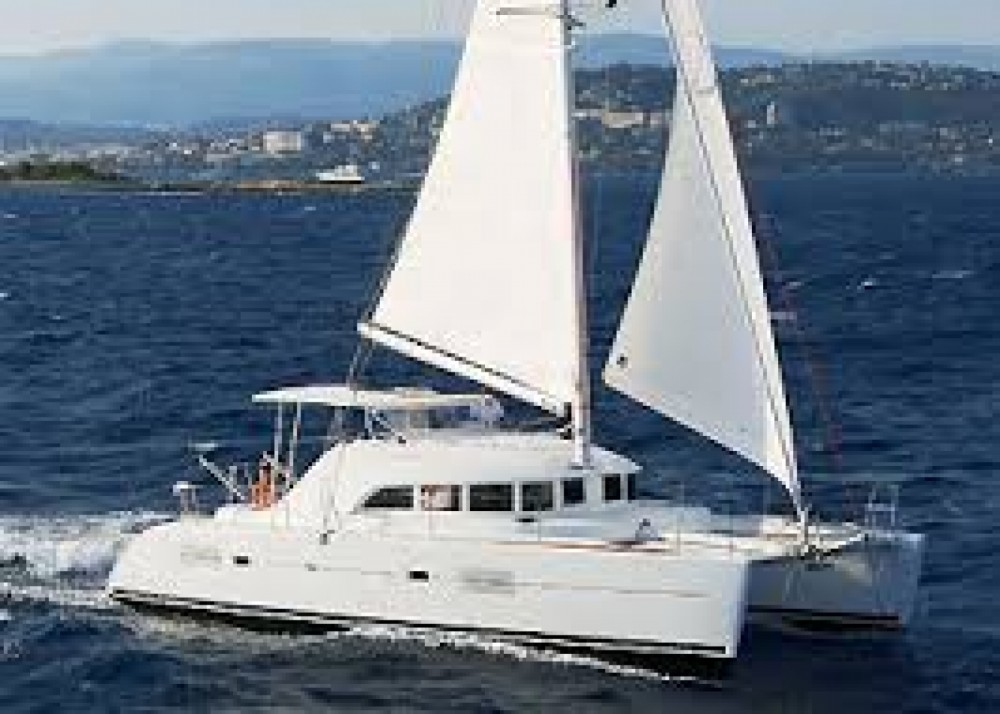 Hire Catamaran with or without skipper Lagoon Dénia