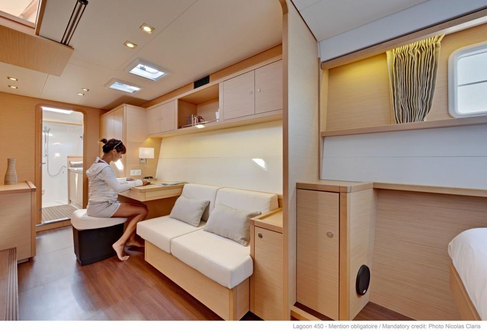 Boat rental Dénia cheap Lagoon 450