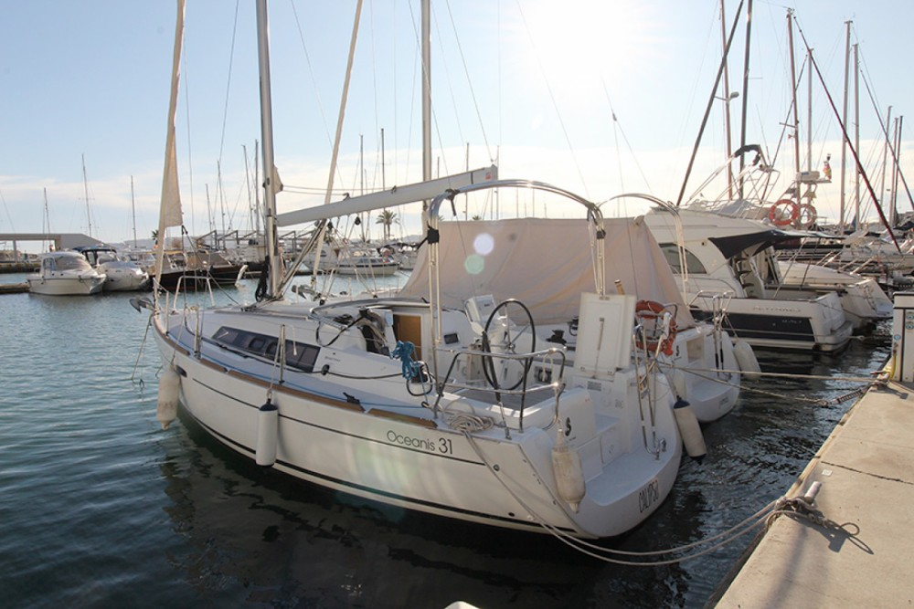 Boat rental Palma cheap Oceanis 31