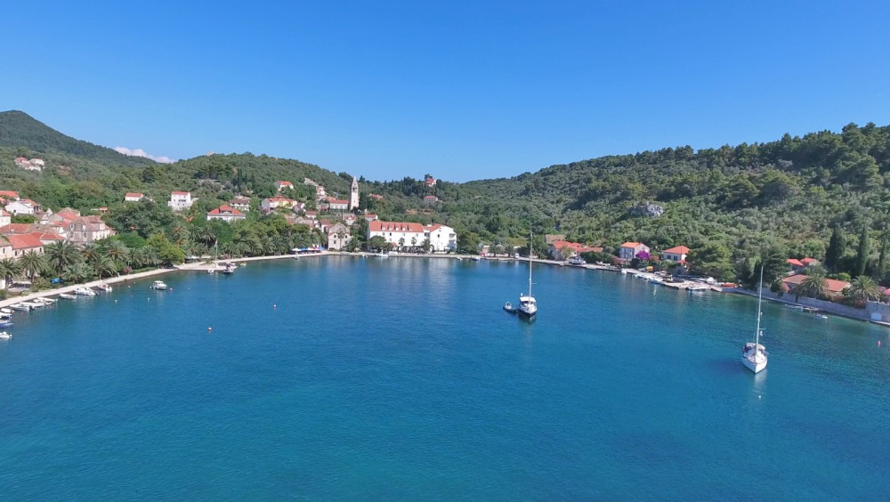 Rent a Jeanneau Merry Fisher 755 Dubrovnik