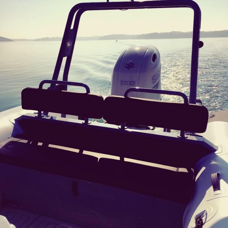 Boat rental Dinard cheap Patrol 660