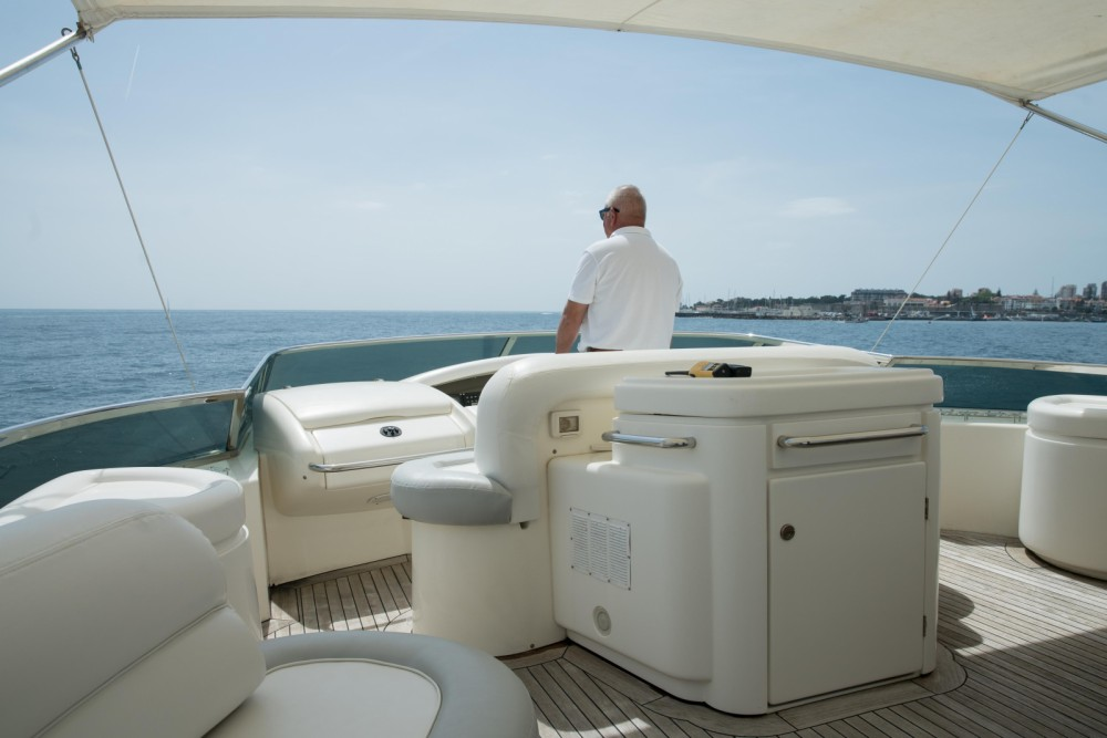 Hire Yacht with or without skipper Azimut Quarteira