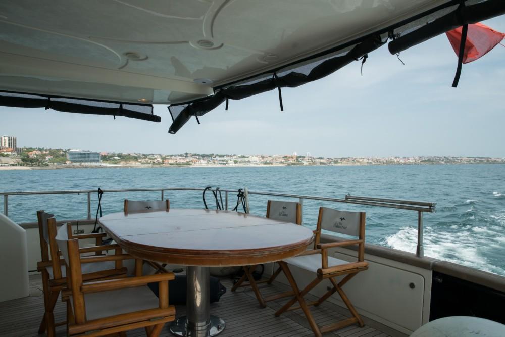 Rental yacht Quarteira - Azimut Azimut 80 on SamBoat