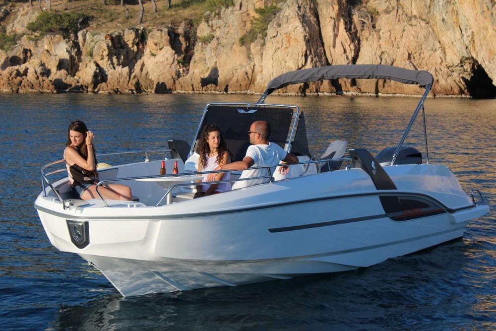 Rental yacht Palamós - Bénéteau Flyer 7.7 SPACEdeck on SamBoat