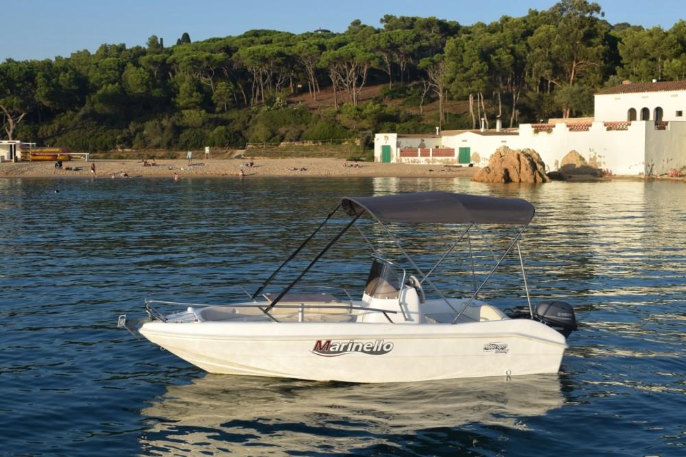 Rent a Marinello Happy Fishing Open Palamós