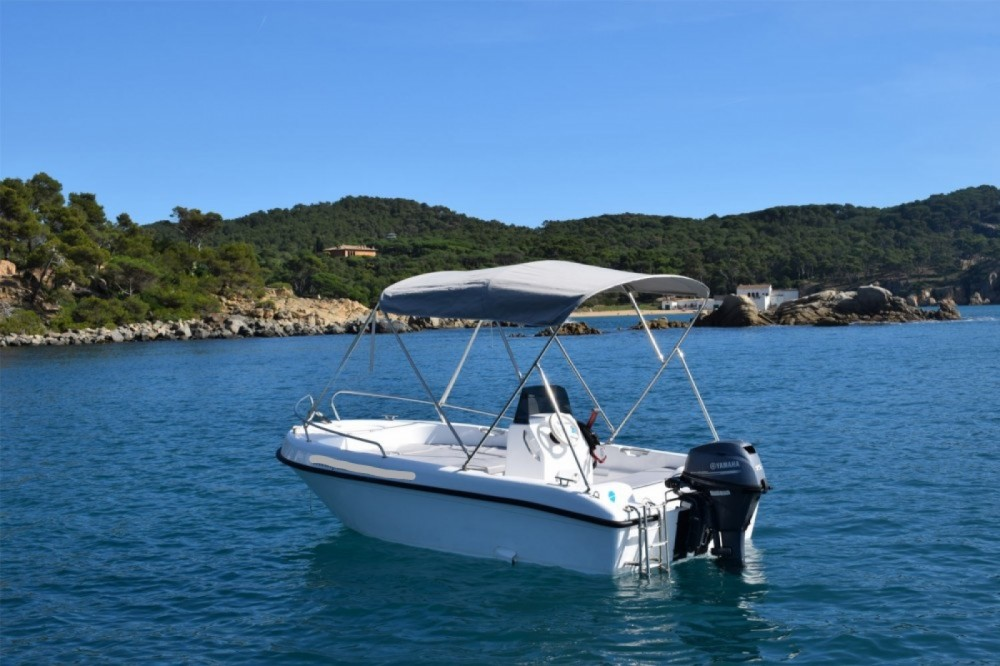 Rental Motor boat Astec with a permit