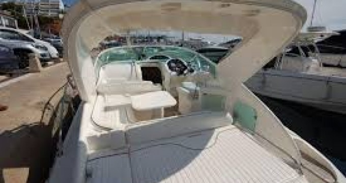 Rental Motorboat Fairline with a permit