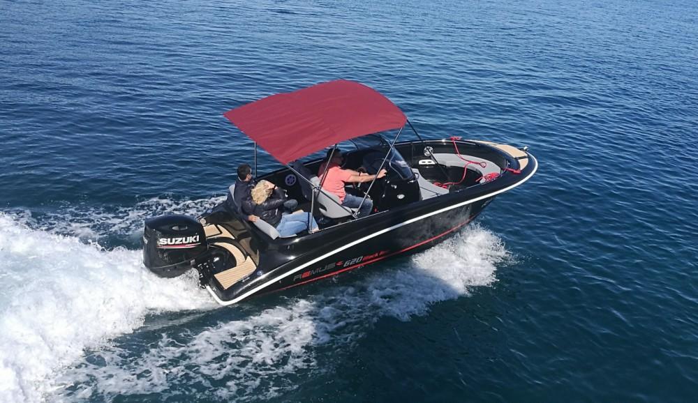 Rental Motor boat in Trogir - Remus Remus 620