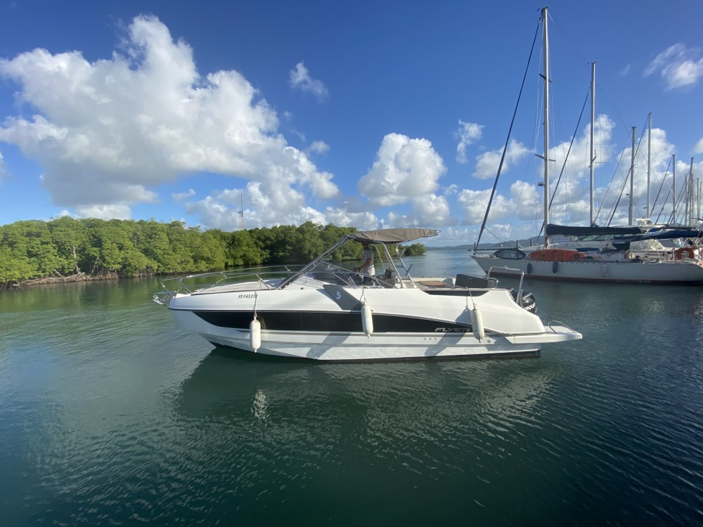 Motor boat for rent Fort-de-France at the best price