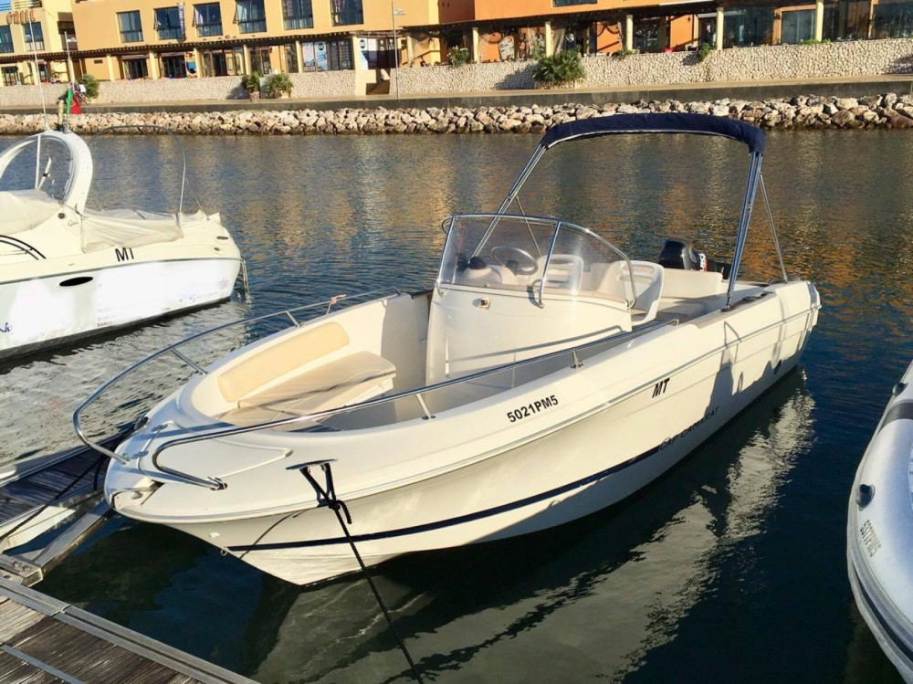Rental Motor boat Jeanneau with a permit