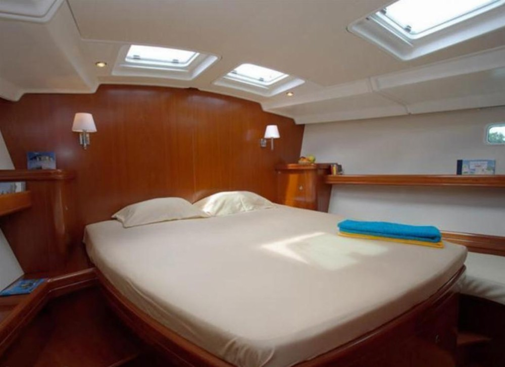 Bénéteau Oceanis 523 Clipper between personal and professional Martinique