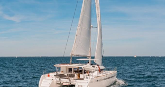 Rental Catamaran in Dénia - Lagoon Lagoon 450 Sport Top