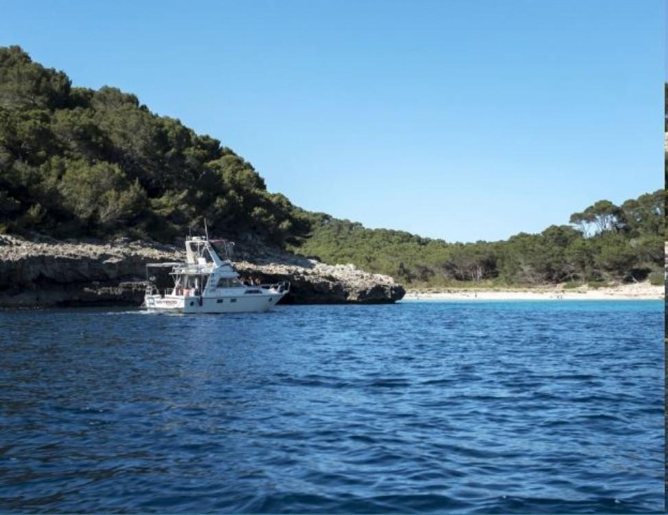 Rental Motor boat in Balearic Islands - Guy Couach 1150 Fly