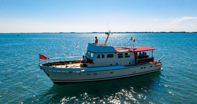 Motorboat for rent Trieste at the best price