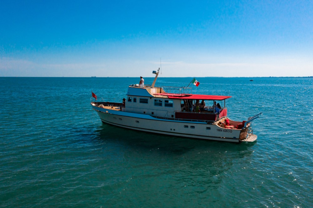 Hire Motor boat with or without skipper Trawler Trieste / Trst