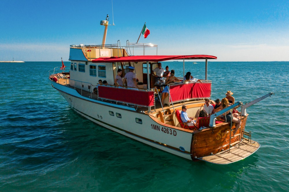Motor boat for rent Trieste / Trst at the best price