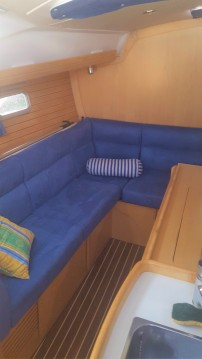 Alliaura-Marine Feeling 32 DI between personal and professional La Rochelle
