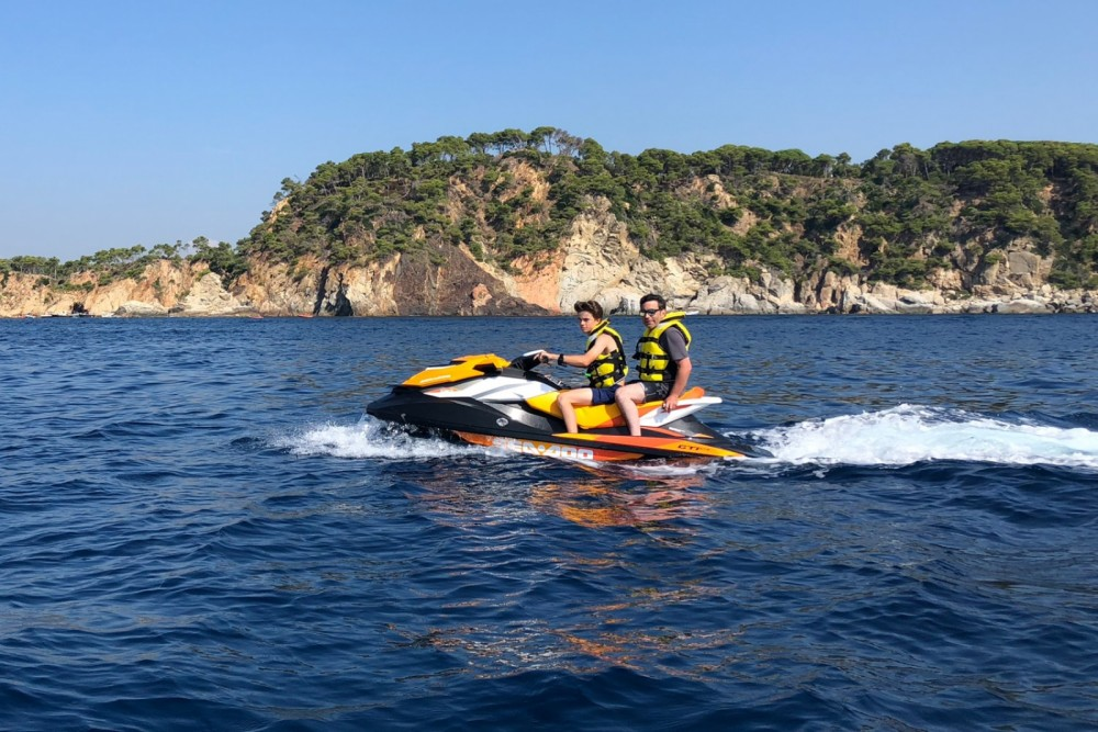 Hire Jet Ski with or without skipper Seadoo Palamós