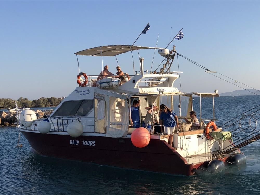 Rental Motor boat in Aegean - Creta mar  Cruiser 45