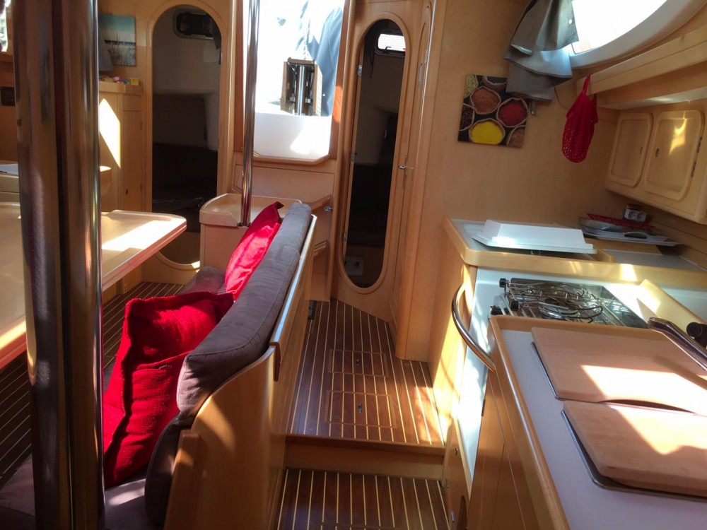 Rental yacht Arzon - Kirie Feeling 39 DI on SamBoat