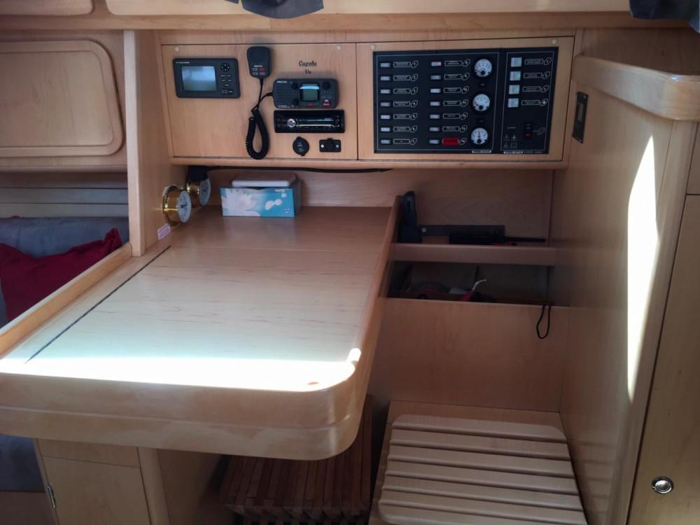 Boat rental Arzon cheap Feeling 39 DI