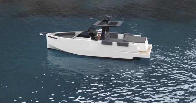 DE ANTONIO Yachts D34 between personal and professional Ajaccio