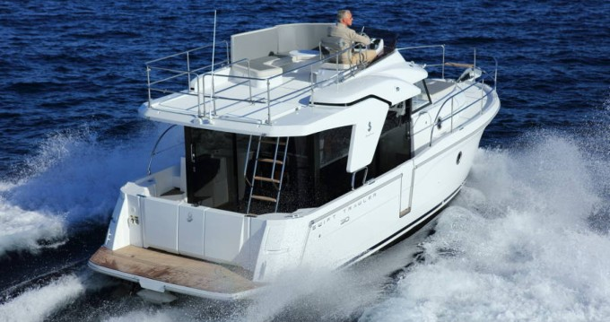 Rent a Bénéteau Swift Trawler 30 Ajaccio