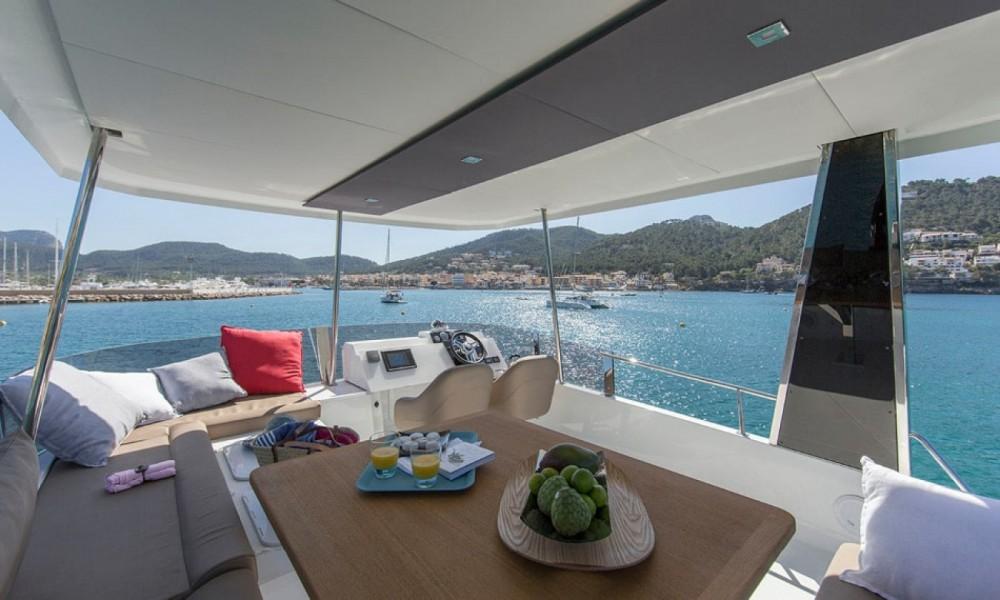 Rental yacht Ajaccio - Fountaine Pajot My 37 on SamBoat