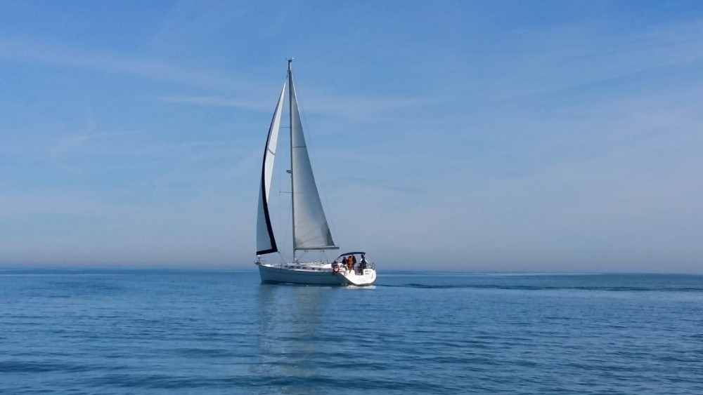 Hire Sailboat with or without skipper Bénéteau Valencia