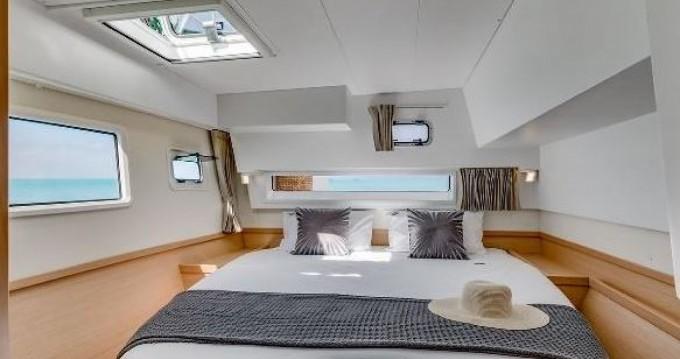 Hire Catamaran with or without skipper Lagoon Pianottoli-Caldarello