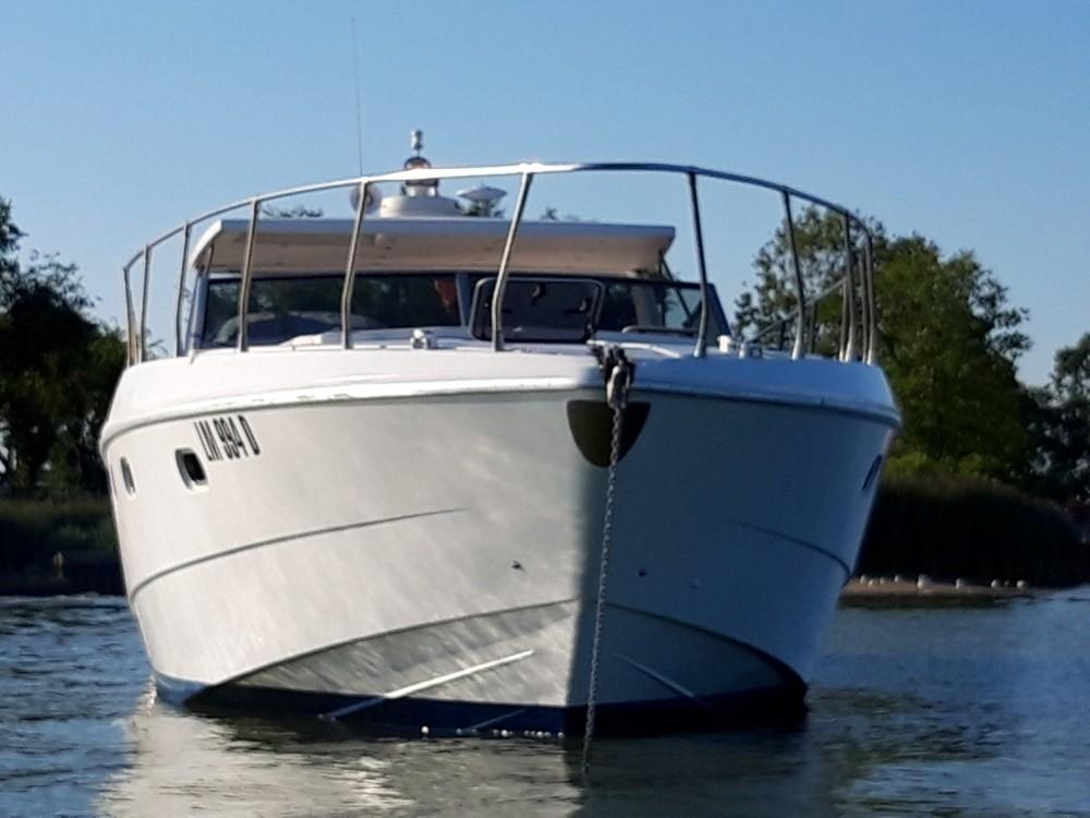 Rental yacht Venice - Ferretti Altura 52 on SamBoat