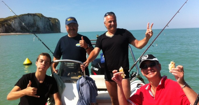 Hire RIB with or without skipper Zodiac Cany-Barville