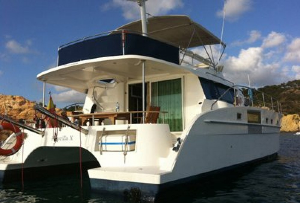 Rent a Fountaine Pajot Cumberland 43 Valencia